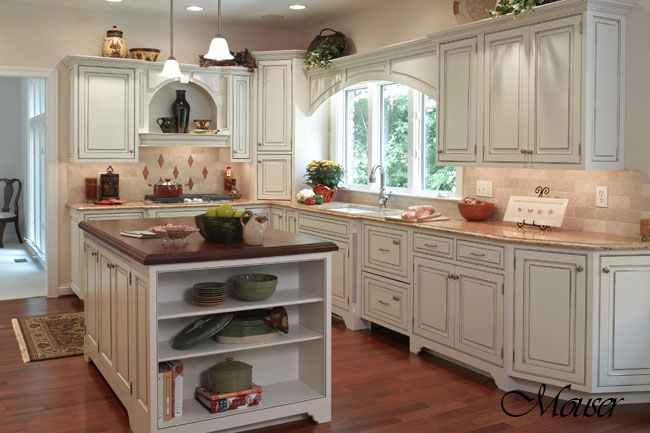 Country kitchens design styles monarch kitchen bath design - Country style kitchens ...
